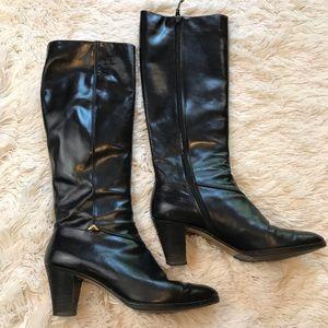 Salvatore Ferragamo Vintage Black Boots Size 7AA